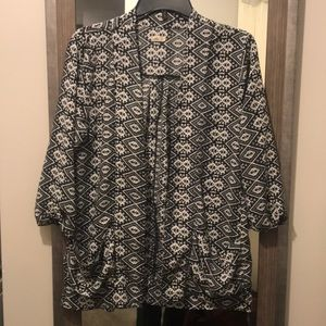 Black and white patterned cardigan/cover up